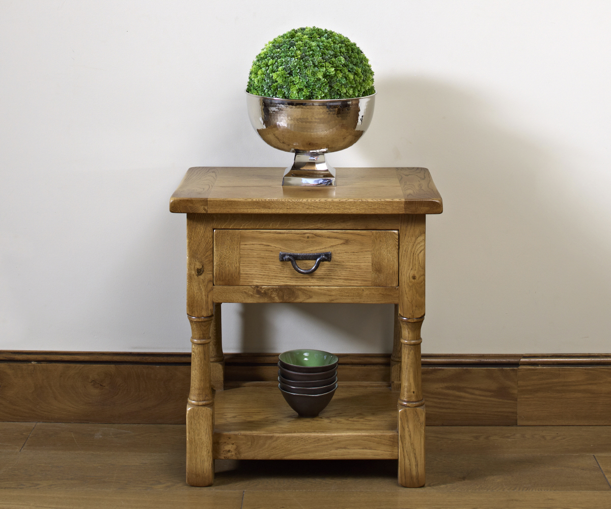 Old Charm Chatsworth 2885 Lamp Table
