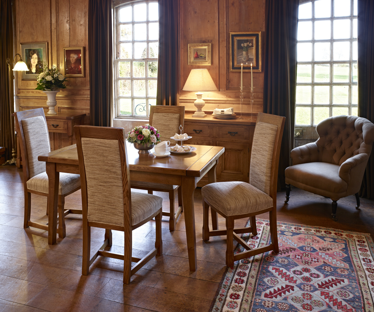 Old Charm Chatsworth 2935 End Extending Dining Table Dining