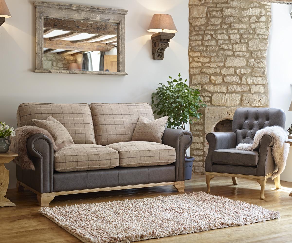 Old Charm Lavenham Medium Sofa 2 Seater Sofa Rg Cole